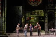 四十年奋斗之心不变,广东省话剧院《花好月圆》上演