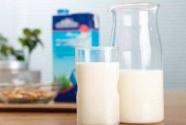 泌尿系统结石患者睡前不宜喝牛奶