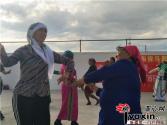 新疆:各民族团结一心 日子越过越红火