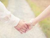 考量应否降低法定婚龄关键要评估后果