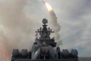"""俄军""""瓦良格""""号巡洋舰鄂霍茨克海实弹打靶"""
