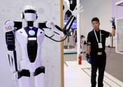 新一轮科技革命和产业变革为经济增长注入新动能