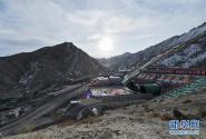 格库铁路阿尔金山隧道正式贯通